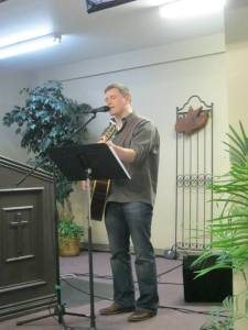 David doing worship at CC South Side San Antonio